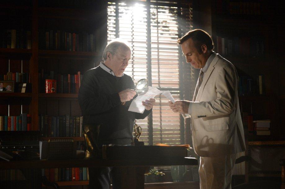 Avukat kardeşler Jimmy ve Chuck  iş başında...